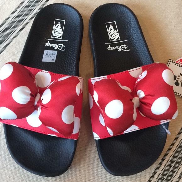 Nwt Disney Vans Minnie Mouse Slides